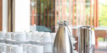 Catering-Service für Ihre zufriedenen Gäste: ob Tagung, Konferenz, Firmenfeier oder spezielles Event. Speisen & Getränke nach Ihrem Geschmack + Servicepersonal.